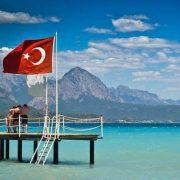 Приїхали відпочити та оздоровитися: у Туреччині померло 13 українців – статистика