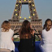 Франківська студентка шукала роботу перекладача, а натрапила на «шлюбну агенцію»