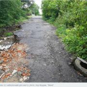 У Калуші провалюється дорога.