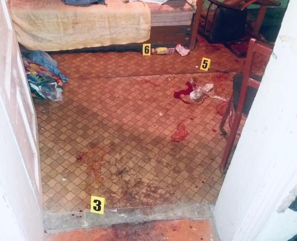 На Тлумаччині п'яна жінка п'ять разів вдарила ножем рідну сестру (ФОТО)