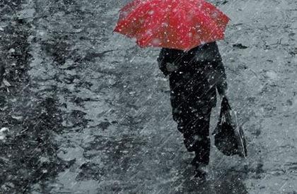 Картинки по запросу вітер сильний дощ