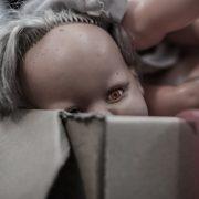 Помістили у поліетиленовий пакет та закопали живцем: дві сестри вбили новонароджену дитину
