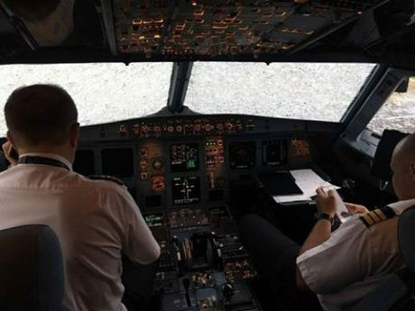 У Франківську аварійно сів літак з Валенсії