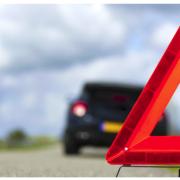 На Надвірнянщині авто злетіло з дороги: водій загинув, пасажири – у лікарні