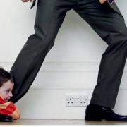 Два батька з Прикарпаття згадали про дітей після заборони виїзду за кордон