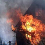 У Калуші на Об'їзній горіли дачні будиночки