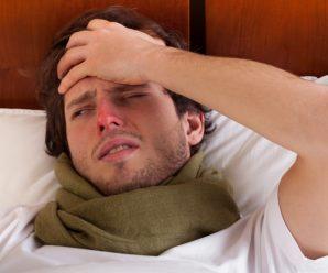 """""""Їм справді гірше"""". Лікарі кажуть, що глузувати з чоловіків із температурою 37 не варто"""