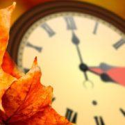 Зимовий час: коли переводити стрілки годинників