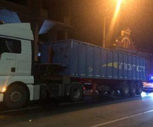 Поліцейські спіймали у Франківську водія фури, який cкоїв смертельну ДТП у Боднарові