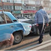 Неуважний водій спровокував потрійну ДТП у Пасічній