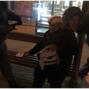 Муніципальні вартові повернули рюкзак бабусі, який загубила її внучка
