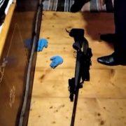 На Прикарпатті 29-річний чоловік вистрілив собі у голову (ФОТО)