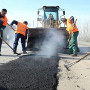На Франківщині за документами підрядник за день відремонтував дорогу за 1,5 млн гривень