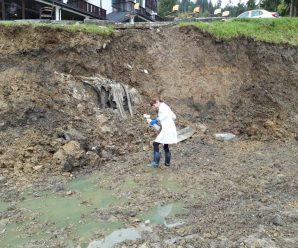 У Буковелі каналізація одного з готелів пішла в річку