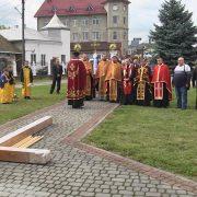 На Франківщині встановили хрест тверезості та тиждень молилися за зцілення пияків