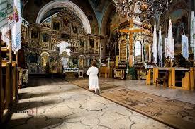 У Франківську жінка вкрала мощі з церкви