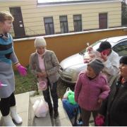 Більше добра: у Коломиї щосуботи роздають гарячі обіди для бідних