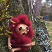 Незвичайні ляльки робить майстриня на Прикарпатті