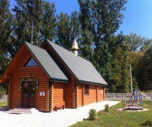 Церква, де збуваються мрії: у Івано-Франківську жінка зцілилася від раку чудотворною іконою та народила дитину
