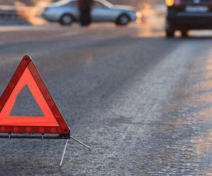 Тіло загиблого у ДТП на Франківщині рятувальники вирізали з автомобіля