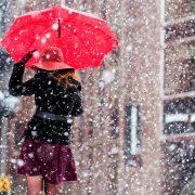 Морози та мокрий сніг: синоптик попередив про різке похолодання