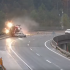 Смертельна ДТП: вантажівка на швидкості пробила бетонну огорожу та злетіла з мосту (відео)