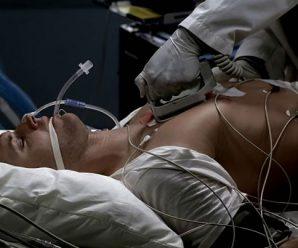 Зусилля лікарів виявилися марними. Серце зупинилося. Але раптом, тишу реанімації розipвав крик медсестри…
