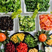 Б'ємо всі рекорди: українці більше всіх в Європі платять за продукти харчування