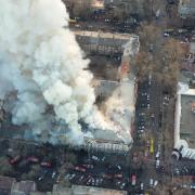 Загинув рятувальник: кількість загиблих унаслідок пожежі в Одеському коледжі зростає