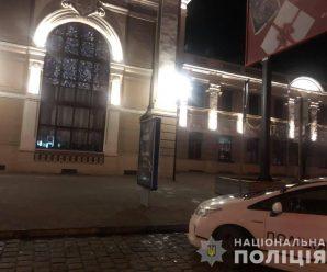 На франківському вокзалі неповнолітній коломиянин намагався пограбувати пенсіонерку