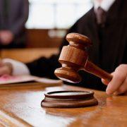 На Прикарпатті водійку, яка не втримала автомобіль на трасі, засудили на два роки