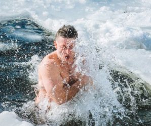 Купання в ополонці не змиває гріхів: ПЦУ спростовує міфи про свято Хрещення