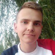 """""""Вся надія на добрих людей"""". 19-річний юнак, якому відмовили нирки, просить про допомогу"""