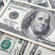Долар буде по 30 гривень?: експерти розповіли, чого чекати від курсу валют