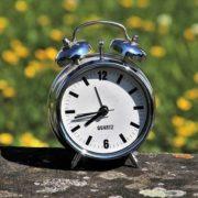 Цього тижня Україна переходить на літній час: коли і як це пережити