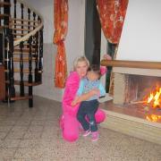 Сиротами залишились троє дітей: в Італії в страшних муках померла українка (фото)