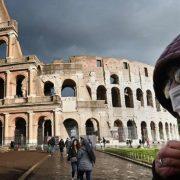Дізналася, що інфікована: в Італії молода медсестра наклала на себе руки через коронавірус (фото)
