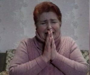 """""""Убийте!"""": українка, яка заразила десятки людей коронавірусом, стала на коліна і звернулася до співвітчизників (відео)"""