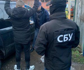 На Закарпатті СБУ блокувала схему контрабанди цигарок до Євросоюзу