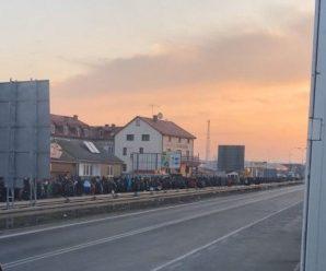 """Повідомили, скільки українських заробітчан повернулись додому через ПП """"Ягодин"""""""