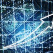 Долар по 35 і падіння ВВП: що принесе Україні коронавірус