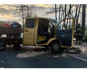 """Зіткнулись """"лоб у лоб"""": українець потрапив у моторошну аварію у Польщі (фото)"""