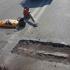 Івано-Франківськ: на мості в Пасічну взялися латати ями (ФОТО)