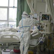 """""""Через 7 хвилин після госпіталізації"""": На Кіровоградщині померла жінка з коронавірусом"""