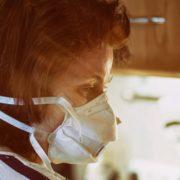 Написала відмову від госпіталізації і консультувалася з сімейним лікарем. Як українка одужала від коронавірусу вдома