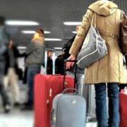 Україна відмовилась випускати заробітчан на роботу за кордон: перші деталі