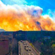 Чорнобиль палає уже 10 днів: вогонь підбирається до ЧАЕС