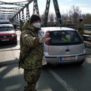 На Великдень додому приїде ще 200 тисяч українців: прикордонники розповіли деталі