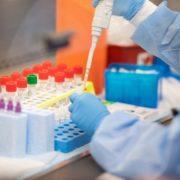 Рада прийняла закон про масове тестування українців на коронавірус: що це значить