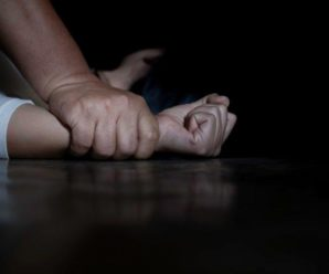 У Рівному школяр зґвалтував 12-річну дівчину і знімав це на відео
